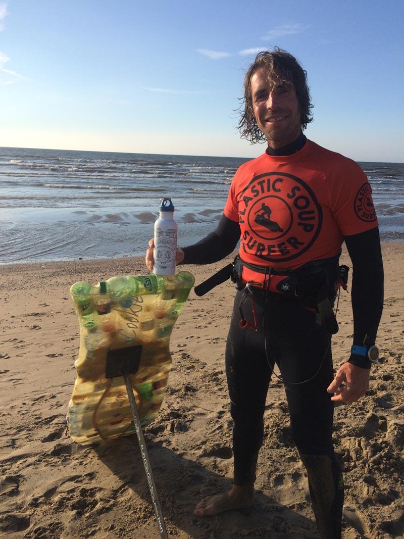 merijn-tinga-plastic-soup-surfer