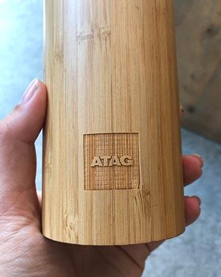 Bamboe ATAG gegraveerd